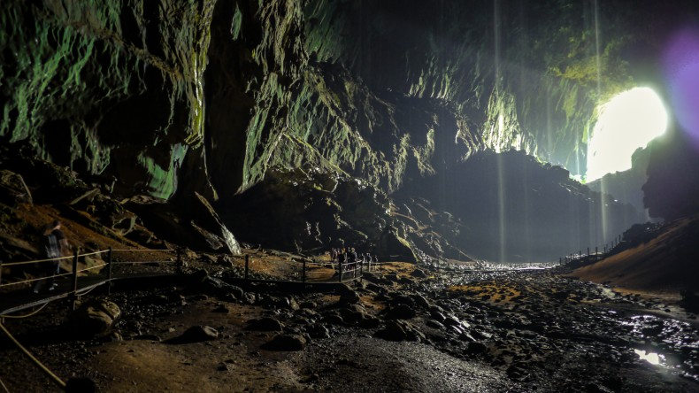6-Million-Year-Old Cave Discovered in Gunung Mulu National Park