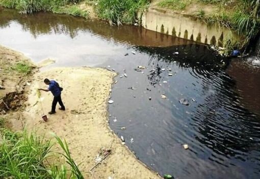 New Rules Seek to Reduce the Threat of Oil Spills in Malaysia