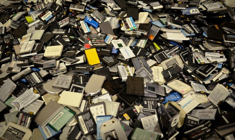 Old Mobile Phone Batteries could yet do a World of Good