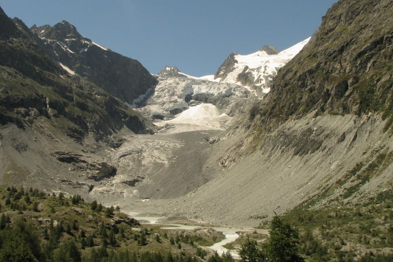 The Alps are Crumbling. The culprit: Climate Change