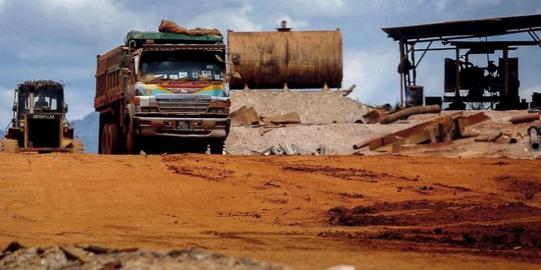 Bauxite Stockpiles have yet to be Cleared in Kuantan. Seriously
