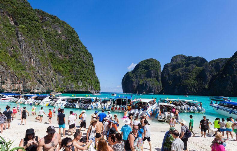 Closing off Idyllic Beaches to Mass Tourism can Help Save Them