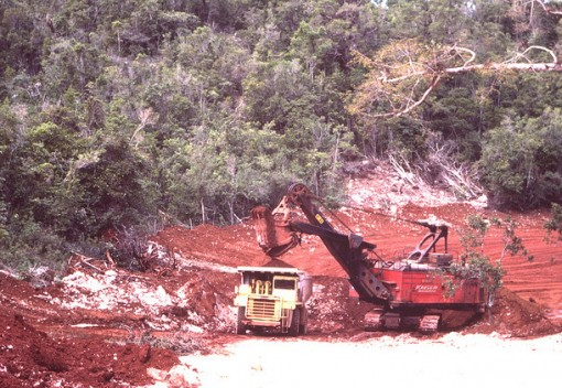 Malaysian State Revokes Bauxite Mining Licenses to Curb Pollution
