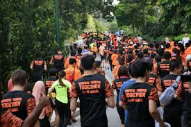 Hundreds of Malaysian participate in the Wild Tiger Run 2016, organized by conservationist groups last August. Photo Credit: MYCAT
